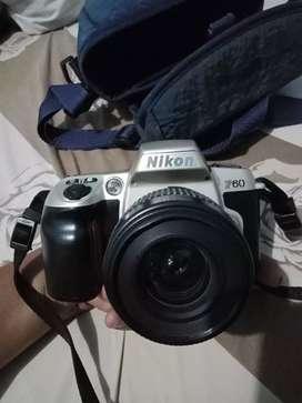 Kamera Nikon F60