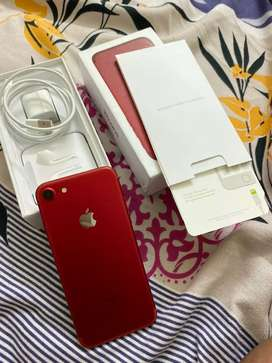 iPhone 7 red 128 GB ,accesories original with Bill,one year warranty.