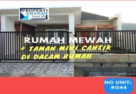 Jual Rumah Mewah di Padang, Bonus Taman Mini Cantik di Dalam Rumah