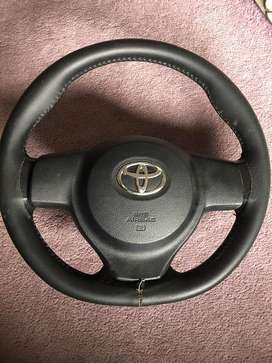 Toyota vitz steering complete with airbag