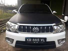 Toyota Fortuner 2.7 GLux A/T th 2010 plat KB, Full Aksesoris TRD