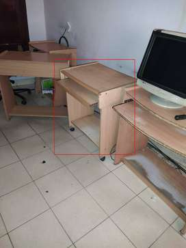 2 Feet Wide Wooden Computer Table, Keyboard and Mouse Tray