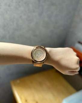 Preloved - Michael Kors Runaway Gold Tone Watch MK8096