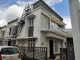 Two storey 3 BHK independent villa.1km from Chandranagar Jn, Palakkad.