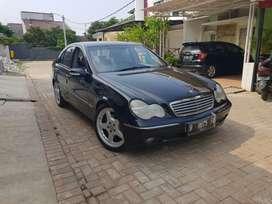 MercedesBenz C240 W203 2002 Hitam