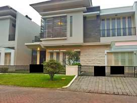 Rumah Bagus Full Furnish di Greenwood Golf Utama Araya Malang