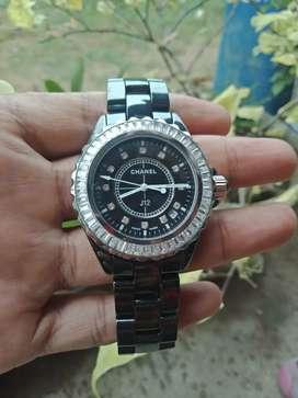 Jam tangan merek chanel body full bahan ceramik mesin batre