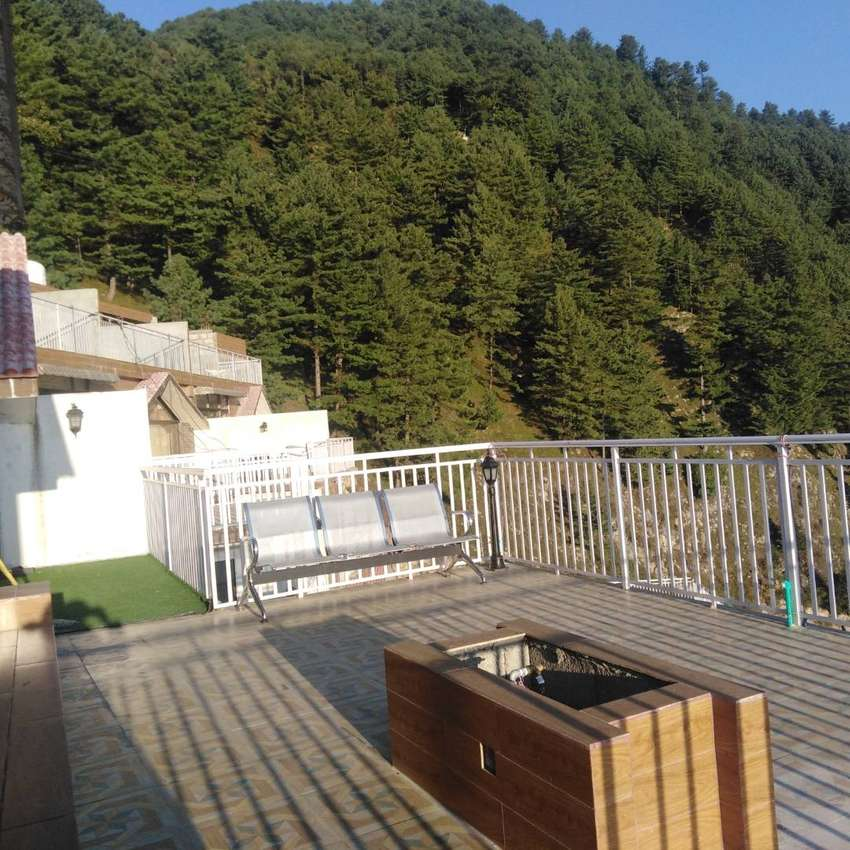 apartment for sale in ayubia road muree 0
