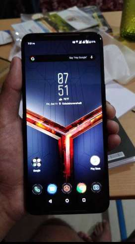 Asus Rog Phone 2 in very good condition and good quality phone it is.