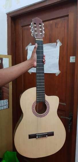 Di jual gitar baru, baru pake 1x