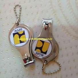 Hiasan souvenir resin & logam