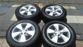 Pcd 5x114,3 Ori New Rush 2013 Ring16 Velg Dan Ban