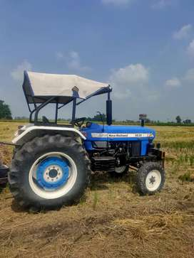 New Holland 3630 80% tyre