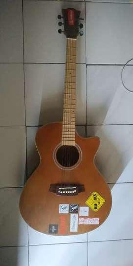 Gitar Akustik Meranti Maple