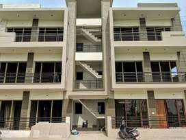Ready to move 3 bhk with store and double parking