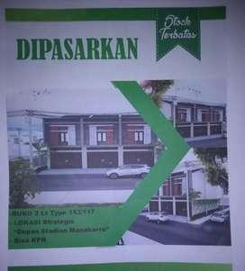 Dijual tanah beserta bangunan sesuai foto