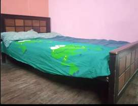 Sharing room available for male