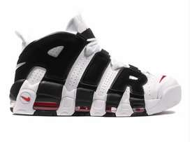 Nike more uptempo ( black n white edition )
