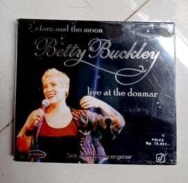 "CD ori segel album 'BETTY BUCKLEY LIVE AT THE DONMAR"".  Kondisi NOS"