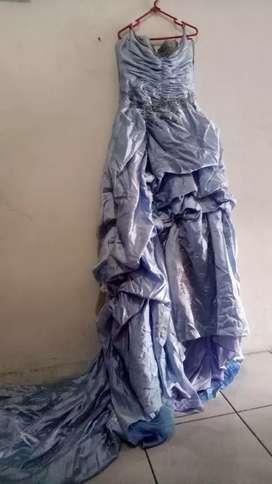 Jual gaun pengantin wrn biru langit