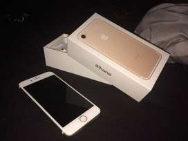 Apple i phone 7 32gb is available