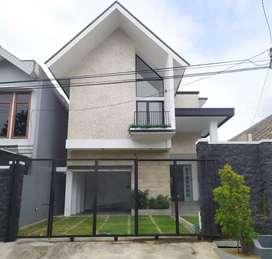 Rumah Kupang Indah Surabaya Baru Gress American Style Design
