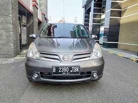 Nissan grand livina xv 2011 AT Tdp Murah