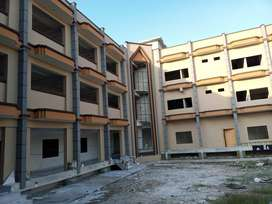 building for rent for College School University Institute Hospital