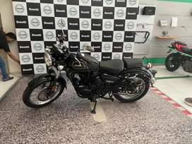 Benelli imperale 400Black (BS4) 2.50L fixed price showroom condition