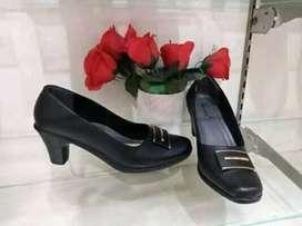 sepatu fantovel wanita