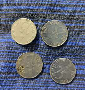 Indian 25 paisa coins from 1997, 1998