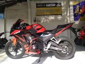 Bali dharma motor jual Honda CBR 150R tahun 2016
