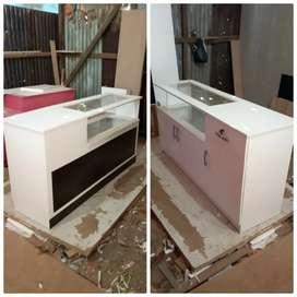 Meja kasir model baru, warna dibuat sesuai selera, uk bisa custom jg