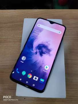 1 Month old Oneplus 7 6GB 128GB at just 25900