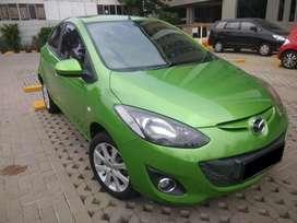 Dijual Mazda2 hijau