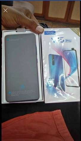 vivo v15pro 6 gb ram 128 gb rom perfect condition
