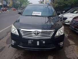 Toyota kijang innova V luxury 2.0 AT 2013