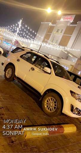 Toyota Fortuner 2012 Diesel going abroad