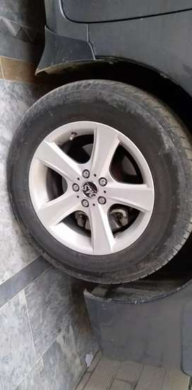 Alloy rims and tyres for corrolla