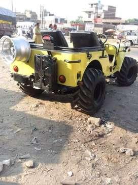 Yellow landi jeep