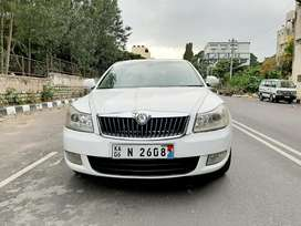 Skoda Laura Elegance 2.0 TDI CR MT, 2012, Diesel