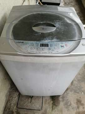 Used LG Intellowash Fully automatic washing machine