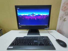 Lenovo ThinkCentre M90z 5205 RC5 All in One