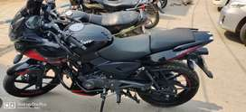 Pulsar 220 f ..showroom condition...exhangr with bullet 350