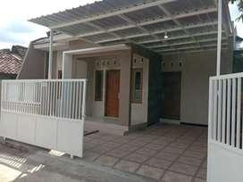 Rumah Dijual Siap Huni Cantik Megah Timur Pamela7 Purwomartani Jogja