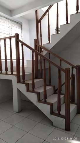 Jual rumah luas 2 lantai di Glagahsari UAD UST Umbulharjo Yogya