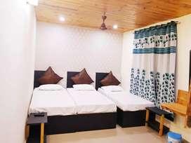 Accommodation For Boys / Girls Nearby Vipul, Bestech, Genpact, OYO, 49