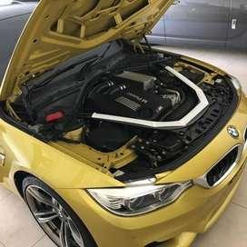 Very mint condition austin yellow on black BMW M4