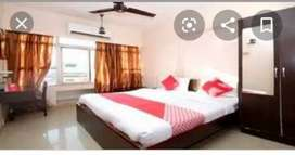 Fully furnished service class family गोमती नगर Indira Nagar