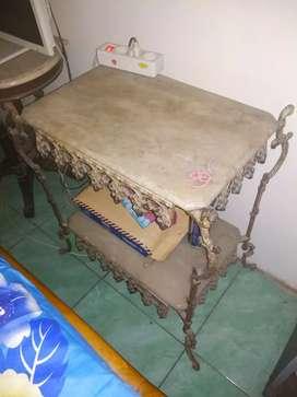 Meja marmer lawas antik unik vintage apa adanya seperti di foto